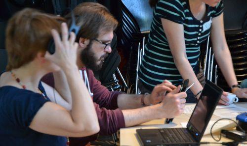 WB Teilnehmende testen unterstützende Technologien