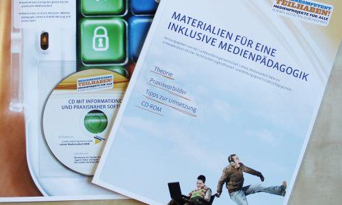 Arbeitsheft Materialien für eine  Inklusive Medienpädagogik