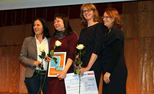Bei der Preisverleihung des Dieter-Baacke-Preises