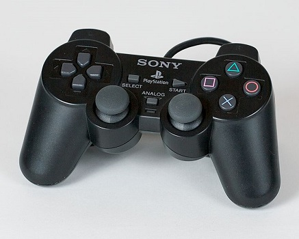 Gamepad der Play Station 2