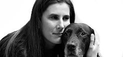 Inklusions-Scout Rose Jokic mit Assistenzhund Kelly