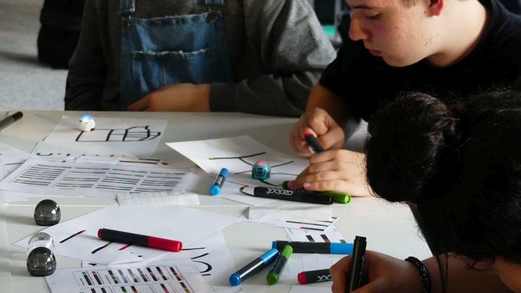 Jugendliche im Medienworkshop