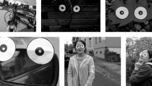 Augenfotos: verschiedene Gegenständei wie Fahrrad, Autospiegel etc. werden mit Augen dekoriert