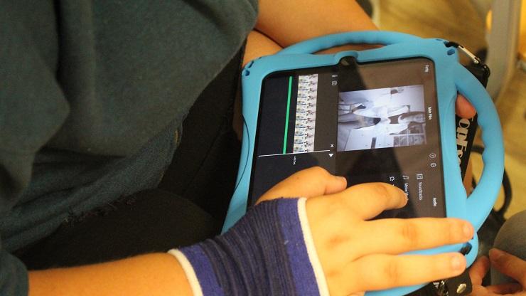 Film wird auf iPad geschnitten